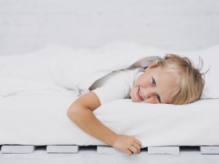 dítě spánek štěstí dětství kluk
