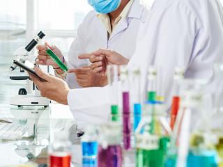 výzkum_laboratoř_experiment_medicína_zdravotnictví