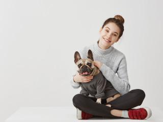 žena-pes-štěstí
