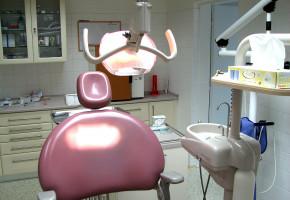 Adenokarcinom prostaty s metastatickým šířením do mandibuly