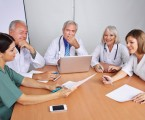 První schválený léčivý přípravek pro terapii Leberovy hereditární optické neuropatie dostupný rovněž v ČR