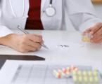 Inhibitory CDK v léčbě karcinomu prsu a jejich bezpečnostní profil