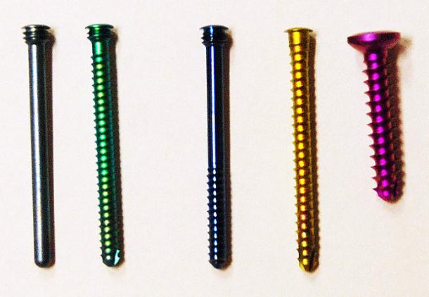 Typy používaných šroubů