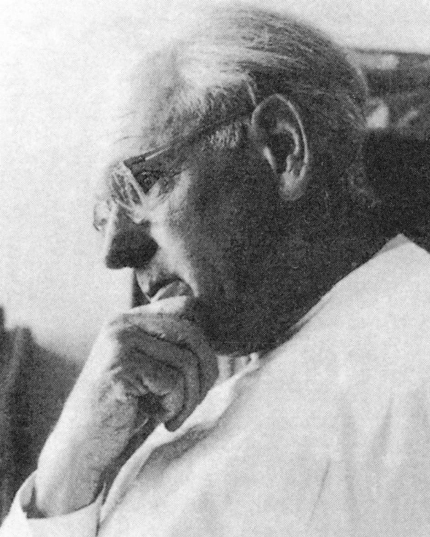 Prof. Dr. med. Hans Killian (Snímek ze soukromého archivu MUDr. M. Danaje) Fig. 2. Prof. Hans Killian, M.D. (From the private archive of Dr. M. Danaj)