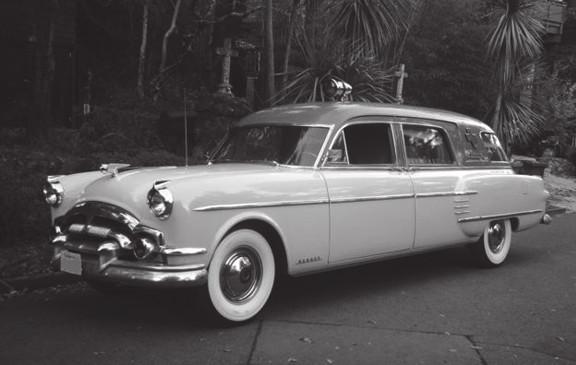 Kombinovaný automobil ambulance/pohřební vůz, Packard, 1953 (Bo Murs Ambulance and Hearse)