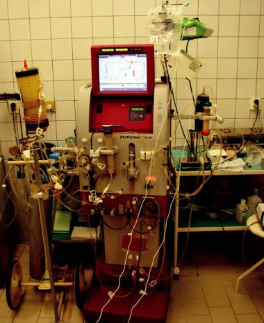 Přístroj O. liver Performer (fy Rand, Itálie) se zapojením bioreaktoru