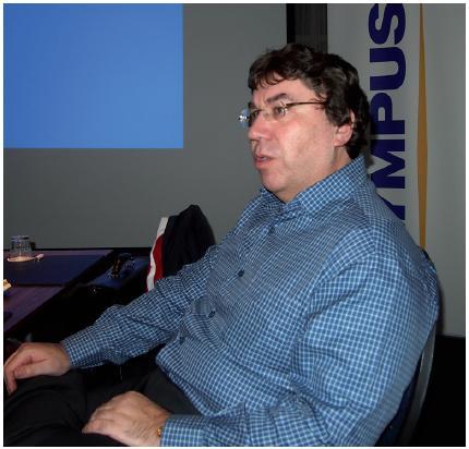 Prof. Jean de la Rosette z Department of Urology, Academisch Medisch Centrum (AMC), Amsterdam