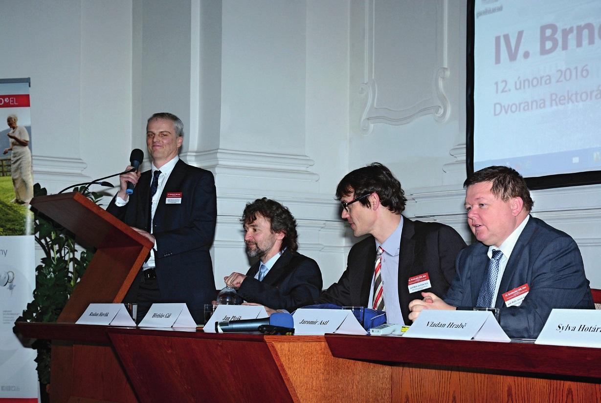 Účastníky konference přivítal přednosta brněnské ORL kliniky MUDr. Břetislav Gál.