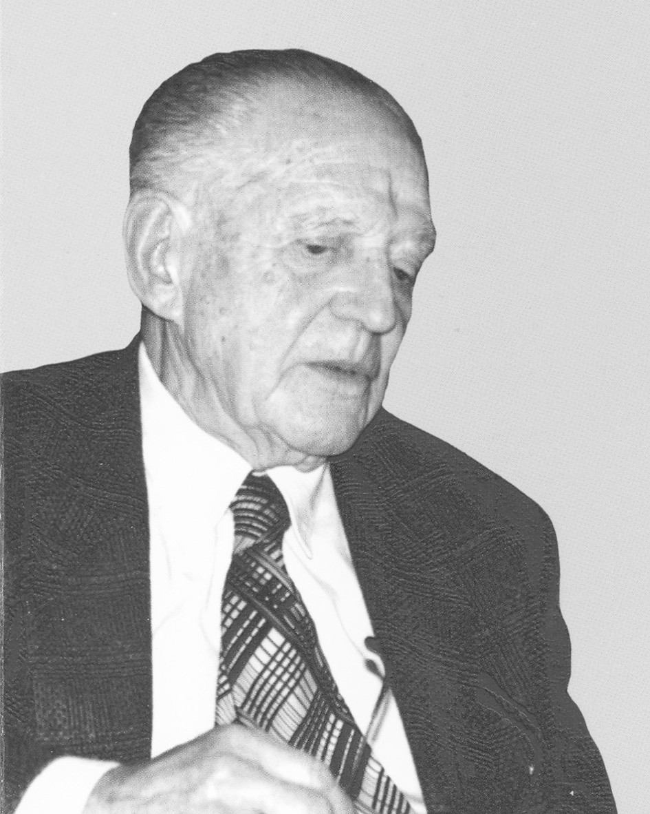 Prof. MUDr. Bohuslav Niederle, DrSc. Snímek ze začátku devadesátých let minulého století. (Ze soukromého archivu Prof. RNDr. J. Niederleho, DrSc.) Fig. 1. Prof. Bohuslav Niederle, M.D., Ph.D. (His picture from the ninetieths of the last century. (From the private archive of Prof. RNDr. J. Niederle, Ph.D.)