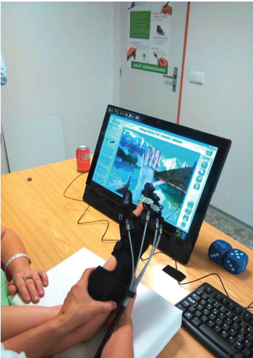 Robotická rukavice Gloreha Profesional II.