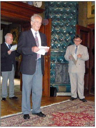 Prof. MUDr. Pavel Kalvach, CSc. přednáší laudatio