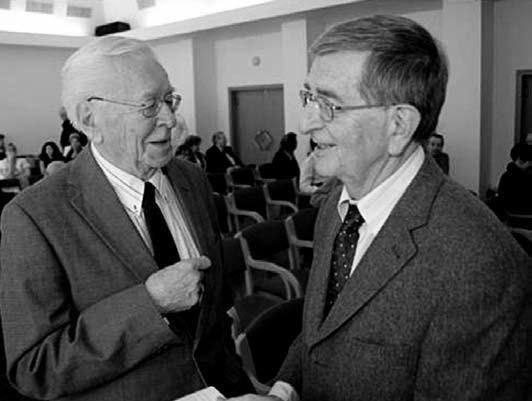 Setkání dvou významných představitelů české dětské nefrologie, prof. Jiřího Švorce (vlevo) a prof. Jana Jandy.