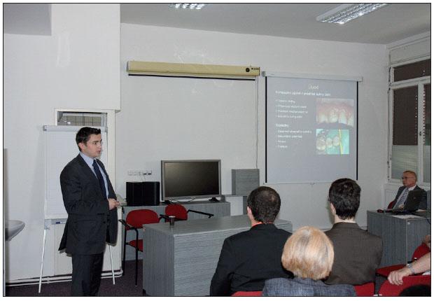 Obr. 6. Hostitelské pracoviště uvedlo dvě přednášky. Jednu přednesl MUDr. Comba.