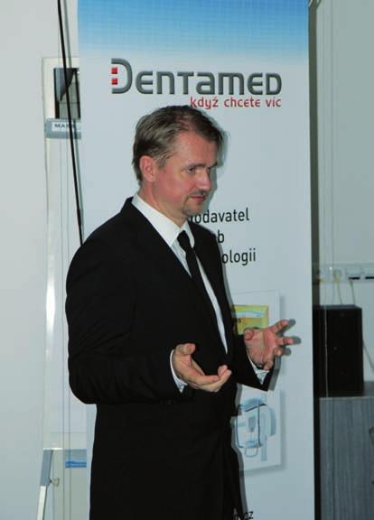 Doc. R. Foltán ze Stomatologické kliniky v Praze přednášel o nových trendech v ortognátní chirurgii