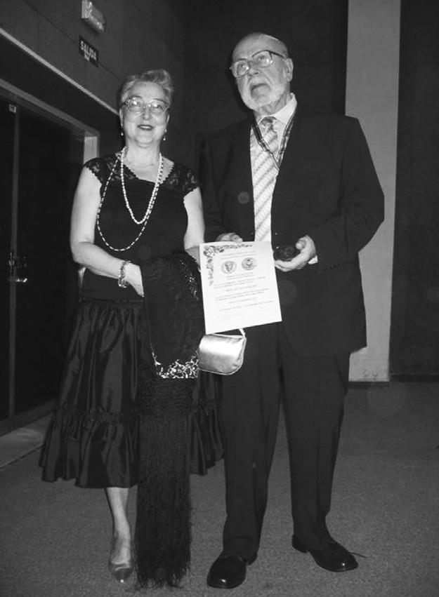 V průběhu kongresu byla doc. Václavu Ruskovi předána cena Carmen Francés za historii farmacie.