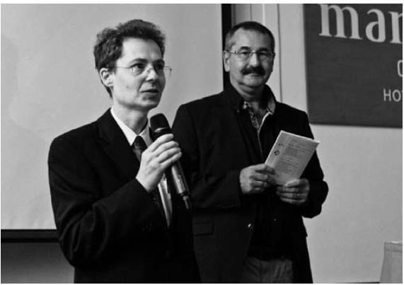 Zahájení konference – vlevo as. MUDr. Mgr.T. Kuhn, vpravo doc. MUDr. M. Hladík, Ph.D.