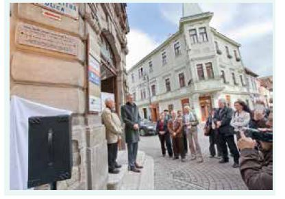 Primátor mesta Košice MUDr. Richard Raši, PhD., MPH, pri prejave počas slávnostného odhalenia pamätnej tabule