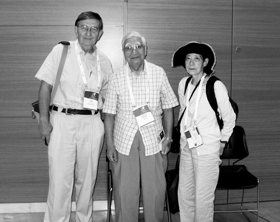 Prof. MUDr. Jan Janda s japonským pediatrem Tomisaku Kawasakim a jeho ženou