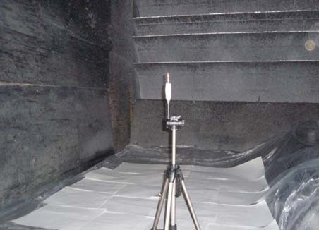 Photo 1. tand with tube of blood at a height of 1 m.