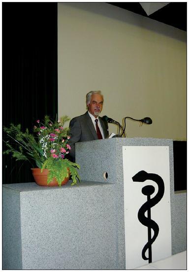 Místopředseda ČLS JEP prof. MUDr. Vladimír Palička, CSc., Dr.h.c. při úvodním projevu na XXI. kongresu ČLS JEP věnovaném problematice personalizované medicíny.