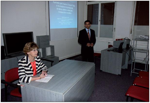 Obr. 2. Sympozium zahájila prof. MUDr. J. Dušková a byla též koordinátorkou 1. bloku. Přednáší Dr. Sujith Sukumar.
