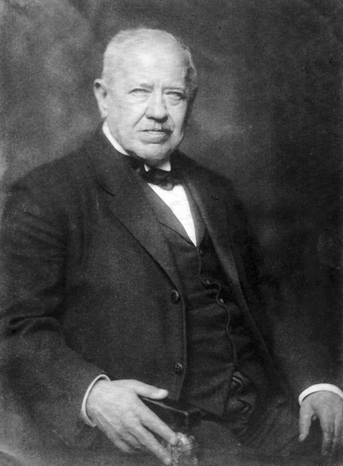 Prof. MUDr. Jaroslav HLAVA (1855–1924) (Z archivu vnučky profesora Hlavy, paní Olgy Hrzánové)