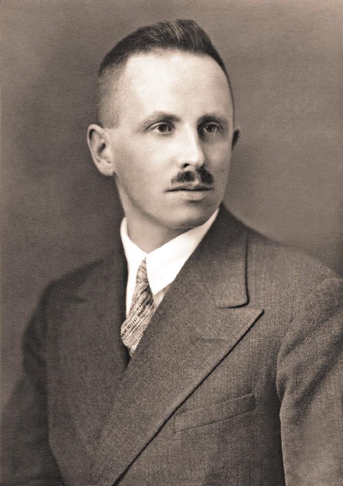 Dr. med. Rudolf Kosel (*5. 4. 1897 †20. 12. 1980) na portrétu z roku 1928, jak ho vyfotografoval jeho strýc, dvorní c.k. fotograf Hermann Clemens Kosel ve Vídni.