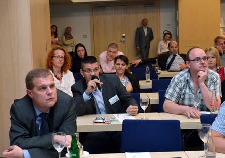 Foto 2. Jedním z atributů sympozia byla neformální diskuze Photo 2. Informal discussion was part of the symposium