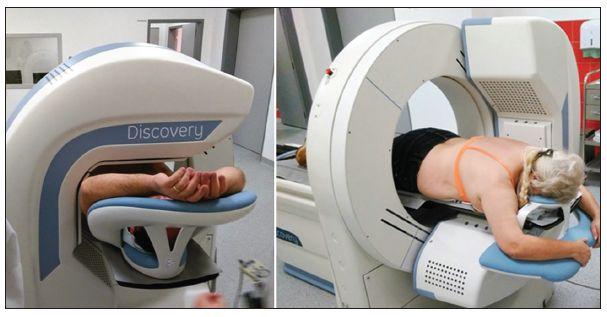 Akvizice dat v supine (vlevo) a prone (vpravo) pozici na CZT kameře GE Discovery 530c  (odd. Nukleární kardiologie ve FN u Sv. Anny, Brno).
