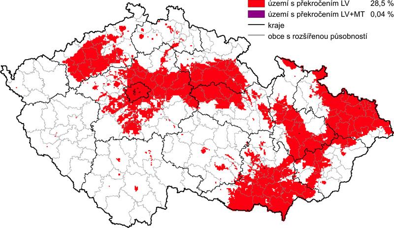 Oblasti s překročenými limity pro ochranu zdraví obyvatel v roce 2006 – pro alespoň jednu znečišťující látku: SO<sub>2</sub>, CO, Pb, NO<sub>2</sub>, benzen LV – hodnota imisního limitu, MT – mez tolerance (26)