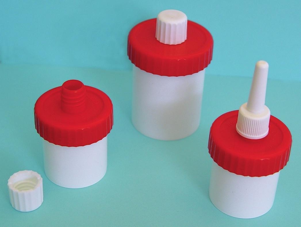 Unguatorový kelímek otevřený s uzávěrem, unguatorový kelímek uzavřený, unguatorový kelímek s nosním aplikátorem.