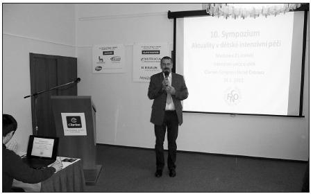Doc. MUDr. Michal Hladík, Ph.D. při zahájení sympozia