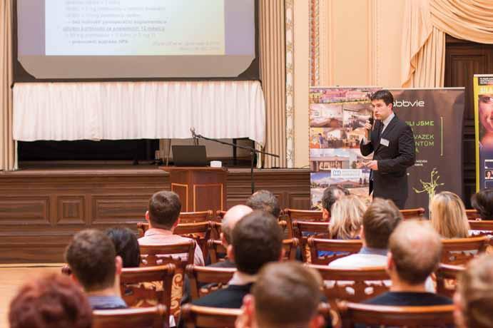 Přednášky v historickém Muchově sále – přednášející: P. Falt. Fig. 2. The Mucha's historical hall – P. Falt giving a lecture.