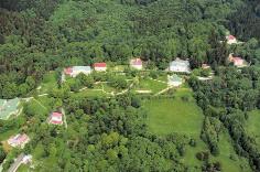 Letecký záběr na areál DLL Lázně Kynžvart.