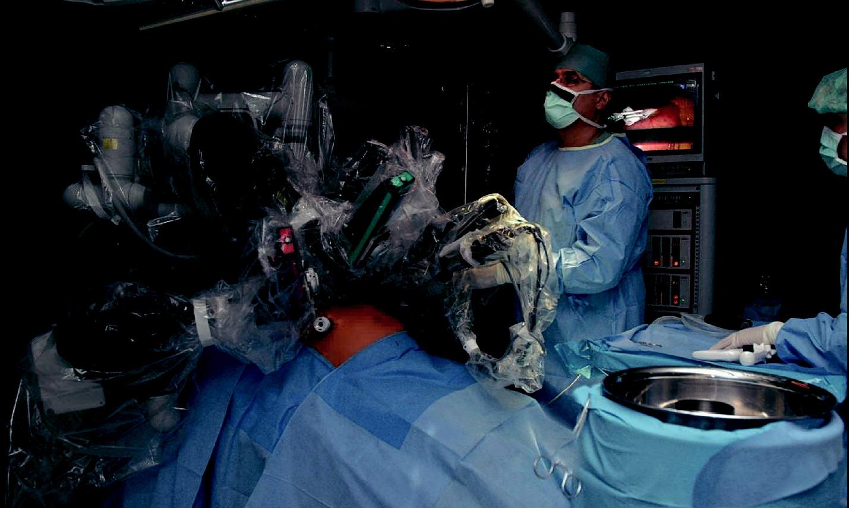 První centrum pro robotickou chirurgii v České republice v Nemocnici Na Homolce