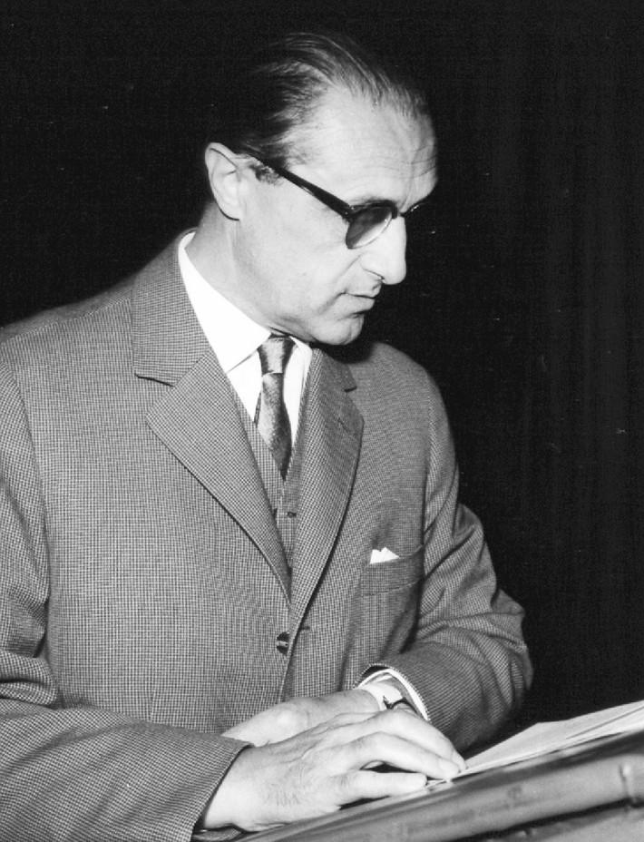 Prof. MUDr. Robert Hladký, DrSc., na mezinárodním ORL kongresu v Hradci Králové v roce 1965.