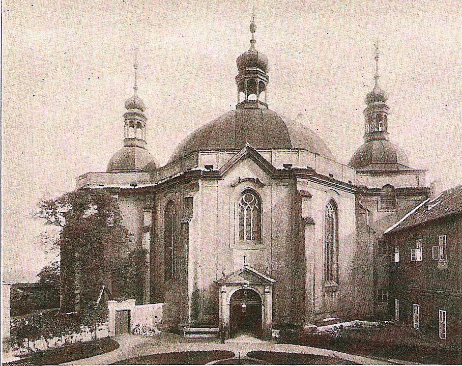 Pohled na kostel ze severní strany, rok 1897