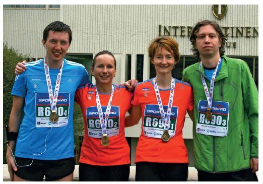 Na snímku účastníci charitativní štafety v rámci Sportisima půlmaratonu Praha.