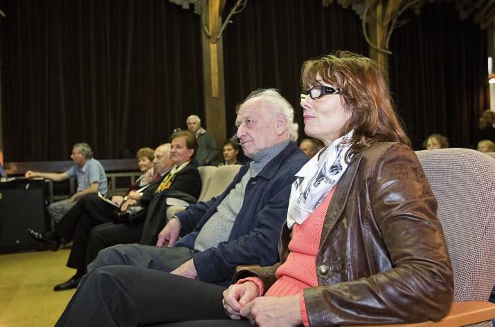 Arnošt Lustig a RNDr. Marketa Malisova na memoriali