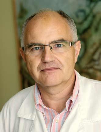 MUDr. Pavel Trunečka, CSc., přednosta Transplantcentra IKEM. Fig. 1. Pavel Trunečka, MD, PhD., Head of the Transplantation Centre IKEM.