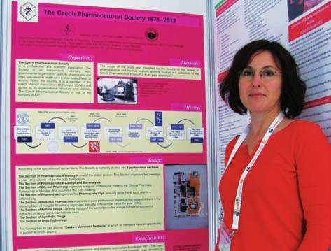 PharmDr. MVDr. Vilma Vranová při prezentaci posteru České farmaceutické společnosti
