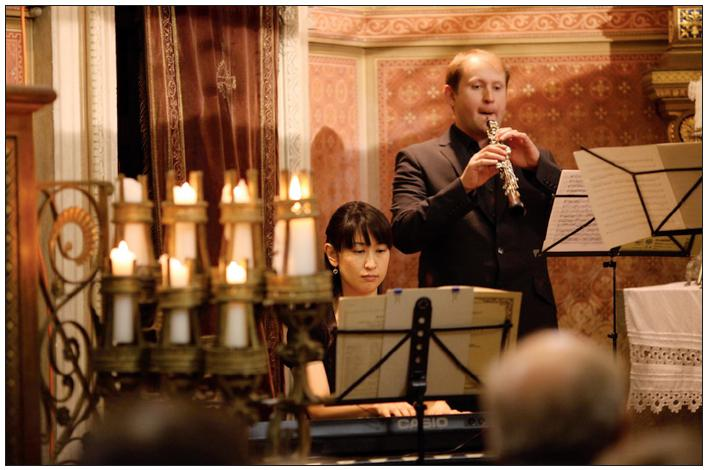 Slavnostní i příjemnou atmosféru setkání umocnil koncert v zámecké kapli.