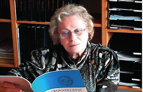 vrchní sestra Jaroslava Pečenková