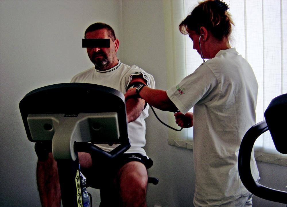 Kontrola pacienta fyzioterapeutem
