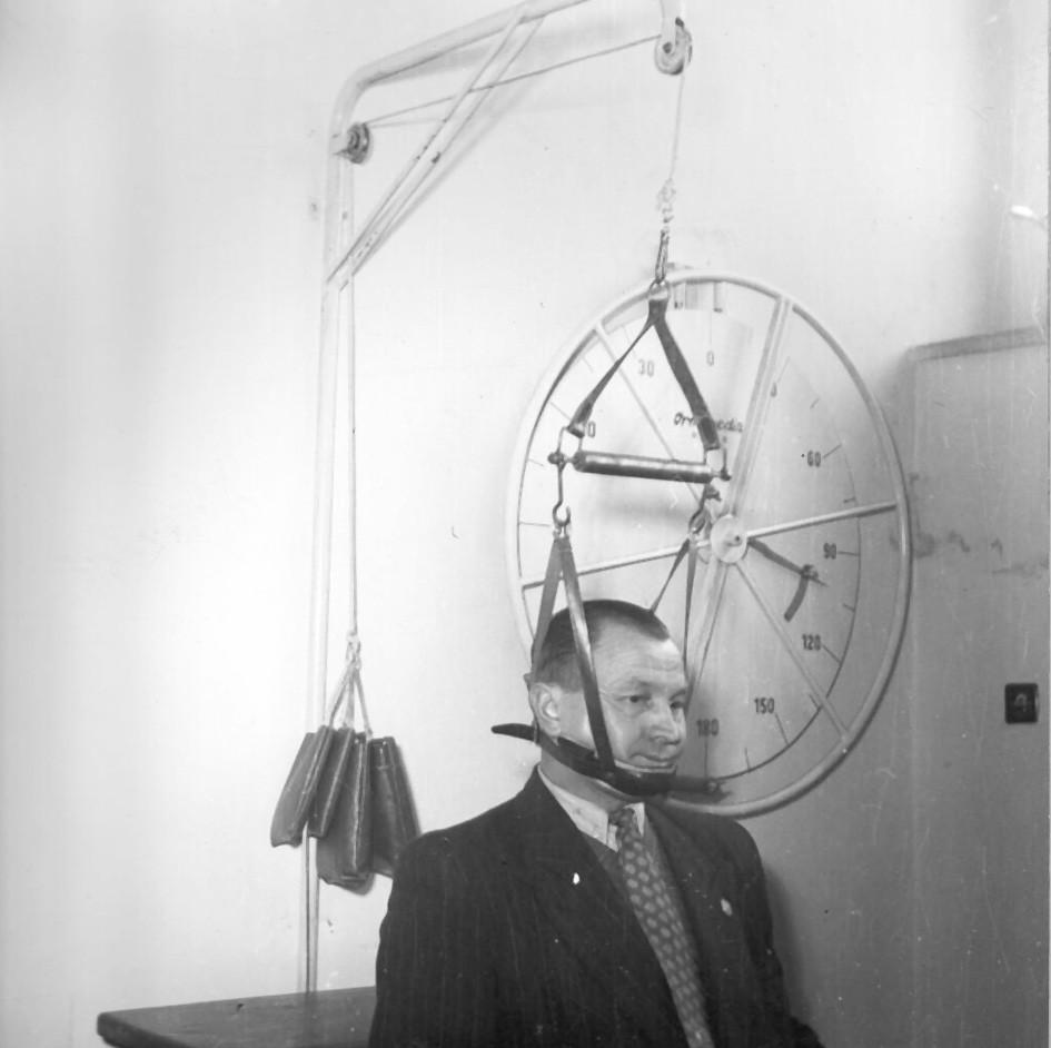Trakce krční páteře pomocí Glissonovy kličky.