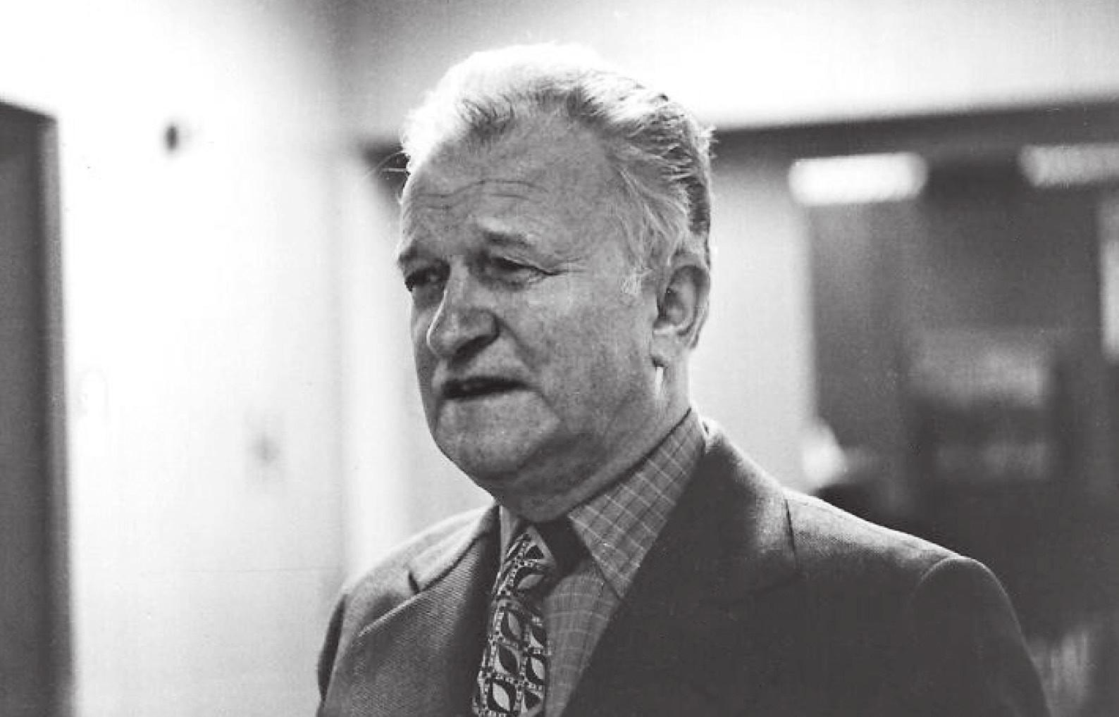 Prof. MUDr. Antonín Rubín, DrSc., prezident Evropské společnosti pediatrické radiologie, předseda 19. kongresu Evropské společnosti pediatrické radiologie v Praze 1982.