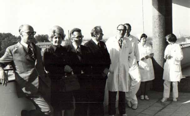 Pediatrická konferencia v Olomouci koncom 70-tych rokov minulého storočia. Zľava: prof. Galanda, prim. Miklerová, doc. Buchanec, prof. Sršeň, prof. Volejník.