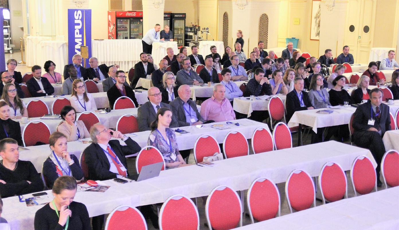 Posluchárna byla plná pozorných účastníků<br> Fig. 3. The auditorium was full of attentive participants
