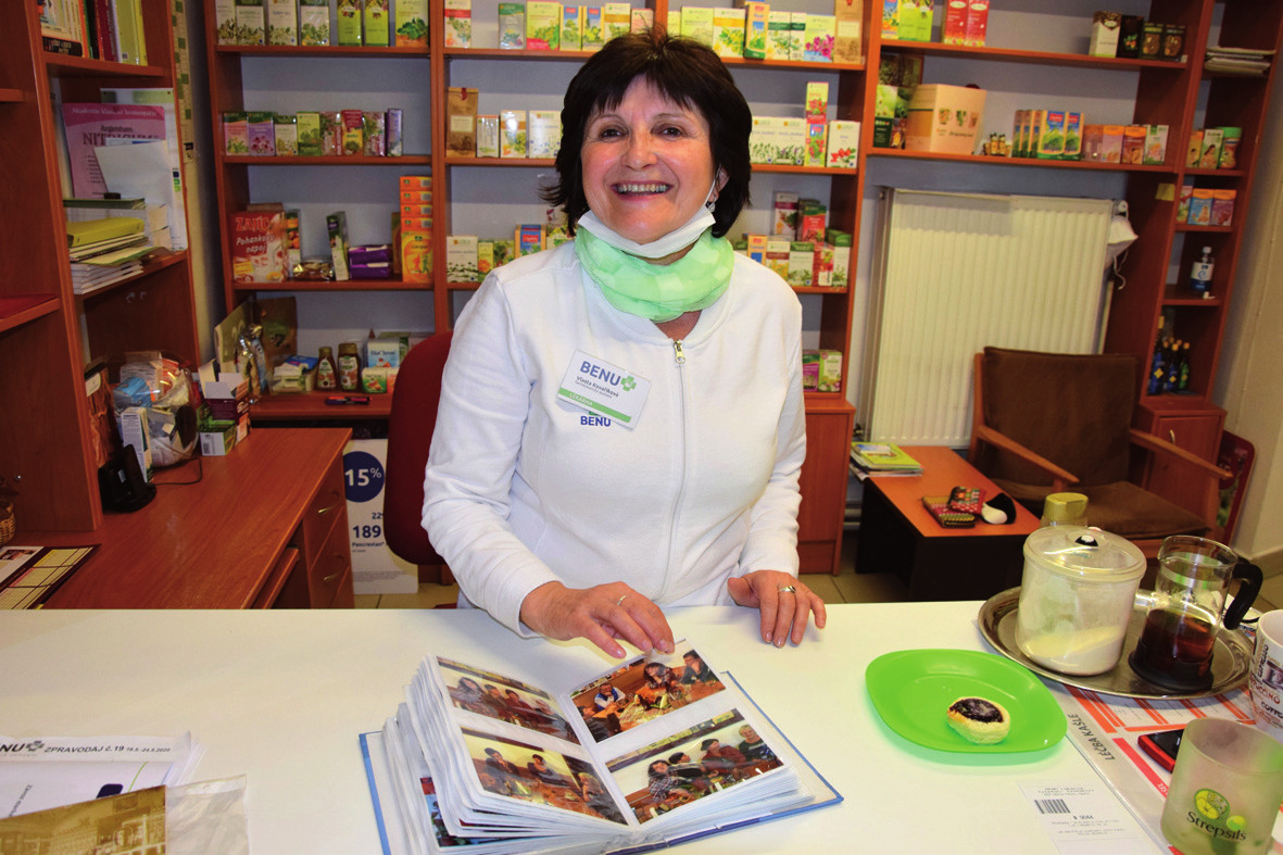 Farmaceutická asistentka Vlasta Kovaříková