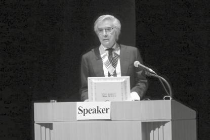 profesor Santo Davide Ferrara, prezident International Academy of Legal Medicine